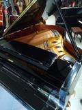 piano de cola kawai gx2 - foto
