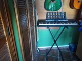 Piano yamaha psr E213 - foto