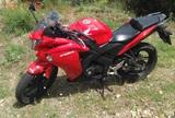 HONDA - CBR 125 R - foto