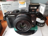 Camara panasonic lumix gx1 + 20 mm f 1:7 - foto