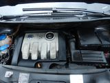 MOTOR VW Touran BXE 1.9 tdi 105cv manual - foto