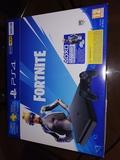 PlayStation 4 nueva sin estrenar - foto