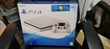 PlayStation 4 slim 2TB - foto