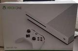 Xbox One S con 4 juegos - foto