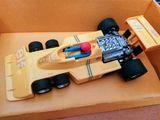 Vendo coche Scalextric Tyrrell P34 - foto