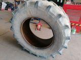 Neumáticos agrícola 480 70 30 - foto