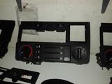 PANEL CENTRAL SALPICADERO RADIO BMW E30 - foto