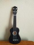 Guitarra ukelele nueva - foto