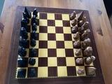 ajedrez egipcio de madera - foto