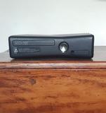Xbox 360 con 2 mandos y cables + juegos - foto