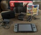 vendo Nintendo swich 220  con dos juegos - foto