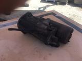 Motor de arranque Toyota Hiace - foto