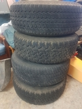 Llantas y neumáticos - foto