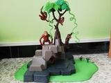 Vendo Árbol con monos de juguetes - foto