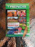 TRENDS 2 BACHILLERATO :  STUDENT\'S BOOK - foto