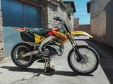 HONDA - CR 250 - foto