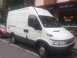 Alquiler de furgoneta - foto