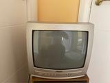TV pequeña SANYO - foto