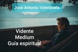 Vidente, sanador, guía espiritual - foto