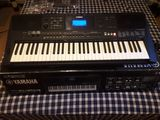 Vendo o cambio teclado Yamaha PSR-E453 - foto