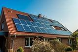 placas solares e instalación - foto