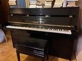 Piano vertical Yamaha - foto