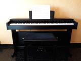 Piano digital - foto