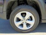 Venta de neumáticos - foto