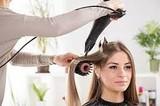 Urgen peluqueros a domicilio - foto