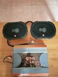 Amplificador y altavoces. - foto