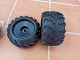 ruedas truggy Monster 1/8 nuevas - foto