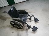 grua ortopédica mas silla de ruedas - foto