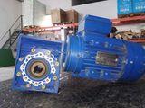 motor reductor de 1.8 kw -2.5 cv  190 eu - foto