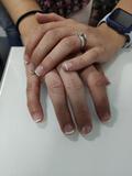 semipermanentes y cuidado de uñas - foto