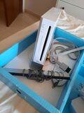 Wii + mando + 5 juegos - foto