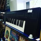 órgano Yamaha psr 60 - foto