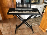 Piano teclado Yamaha - foto