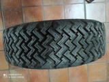 Neumáticos de tierra - foto