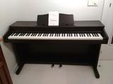 piano electrónico - foto