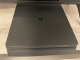 Playstation 4 SLIM de 1TB - foto
