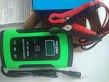 carga e intenta reparar baterías 12v 4A - foto