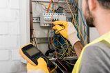 Reparación e instalación Eléctrica - foto