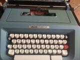 Máquina de escribir olivetti - foto