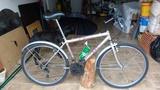 vender bicicleta - foto