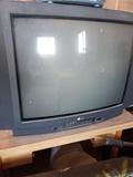 se vende televisor - foto