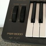 Teclado Yamaha PSR 8000 - foto