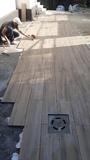 colocador de suelos i azulejos - foto
