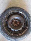 Llanta y neumático 185 65 15 - foto