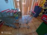 carros de supermercado - foto