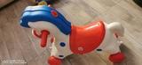 caballo balancín y ruedas - foto